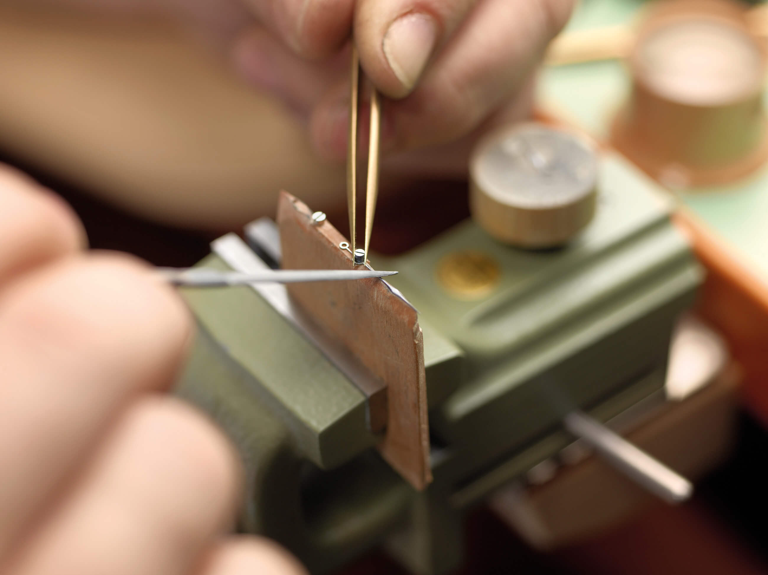 Moritz Grossmann making watch hands