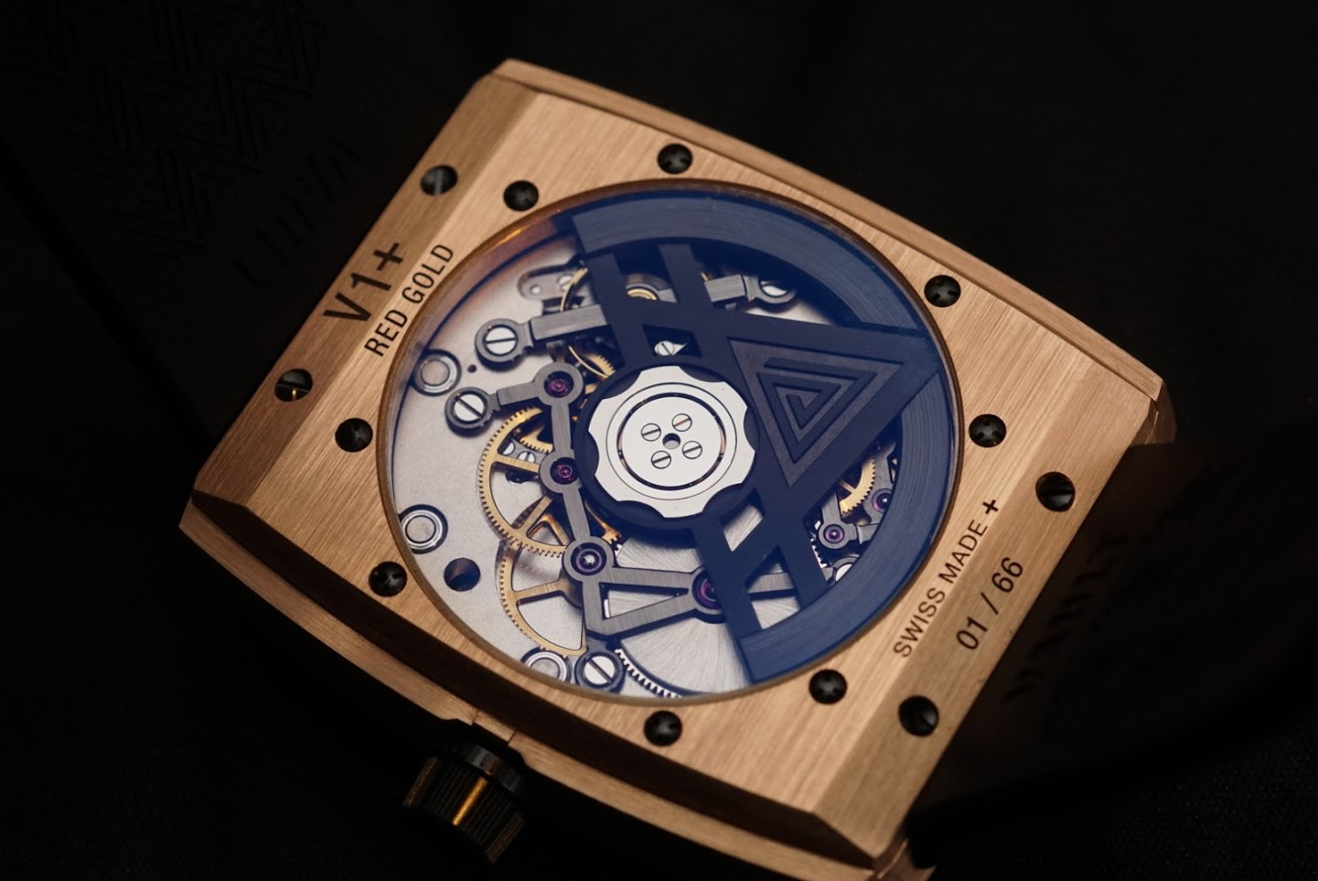 Vault V1 in-house Swiss watch movement