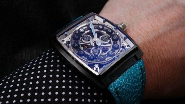 Vault Swiss v1 black dlc watch