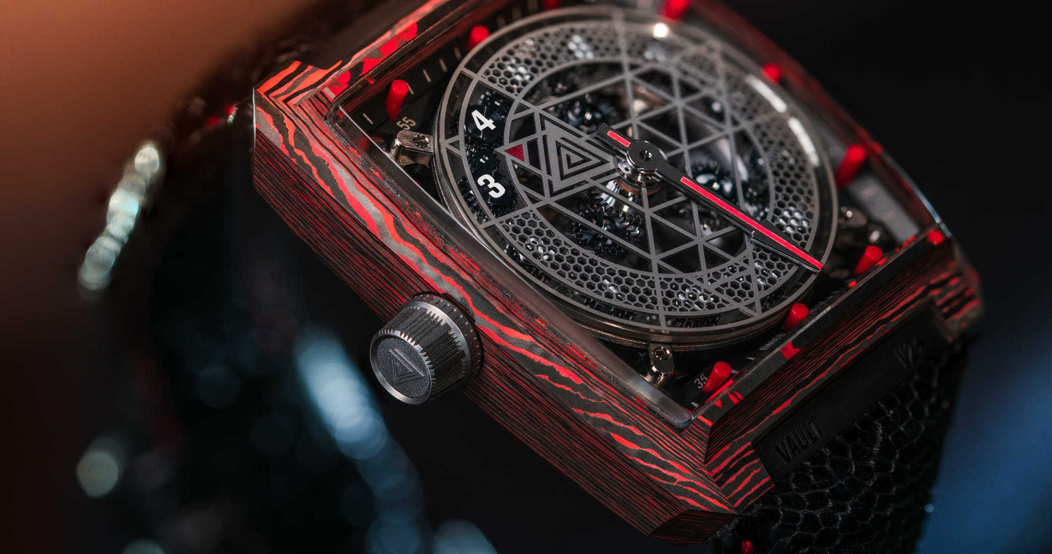 Vault Swiss V2 + watch with carbon composite case