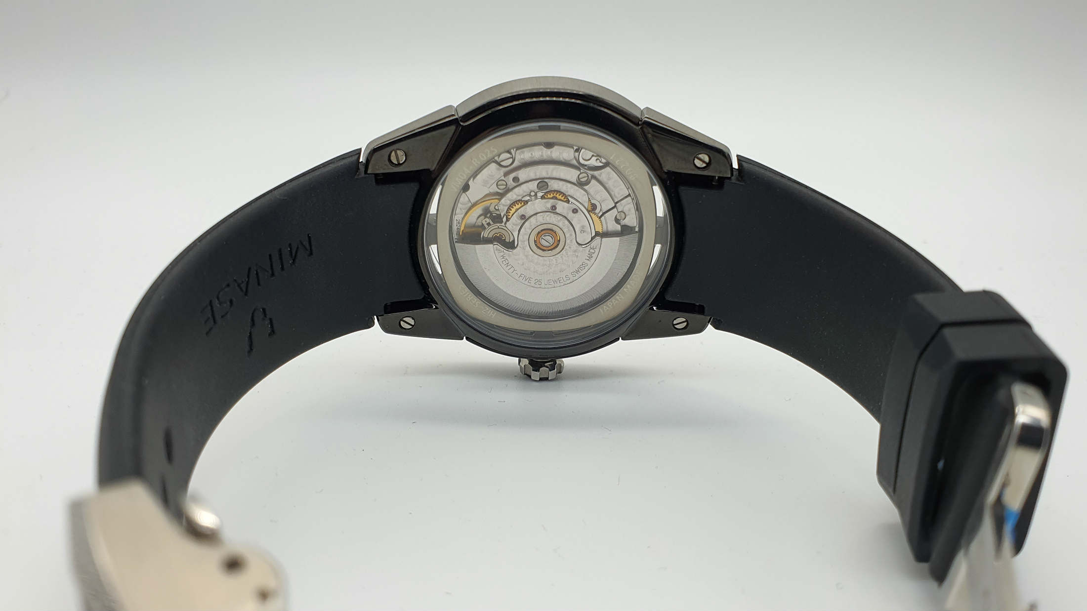 Divado watch by Japanese brand Minase